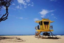 A picture of a Lifeguard stand on a Maui beach in Hawaii
